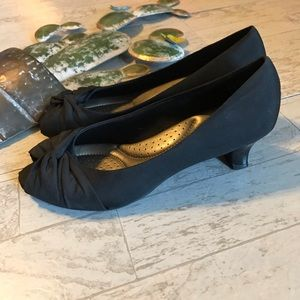 Coach and Four black pumps heels size 7.5